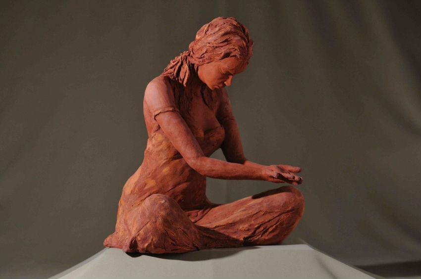 sculpture femme offrande série zen
