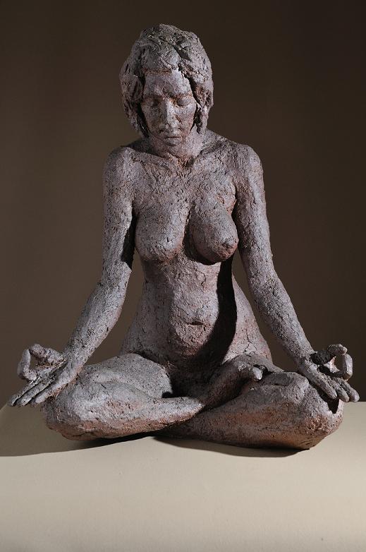 sculpture zen - femme bouddha